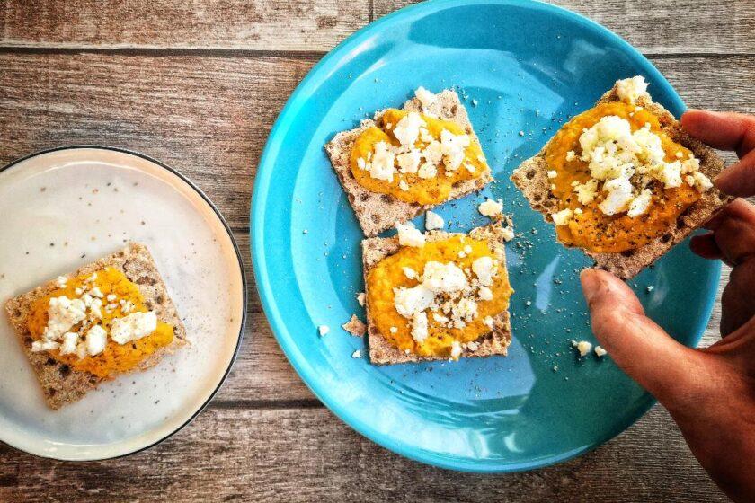 ricetta crostini di carote e feta
