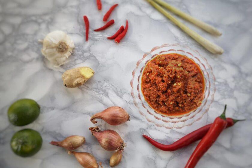 ricetta thai red curry paste